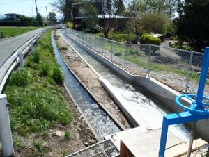 集落基盤整備事業(地域用水型)鹿妻新堰地区第3号工事